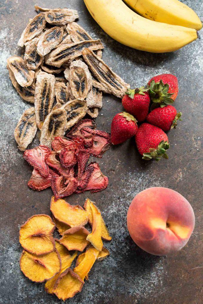 خواص میوه خشک تولیدی رادین